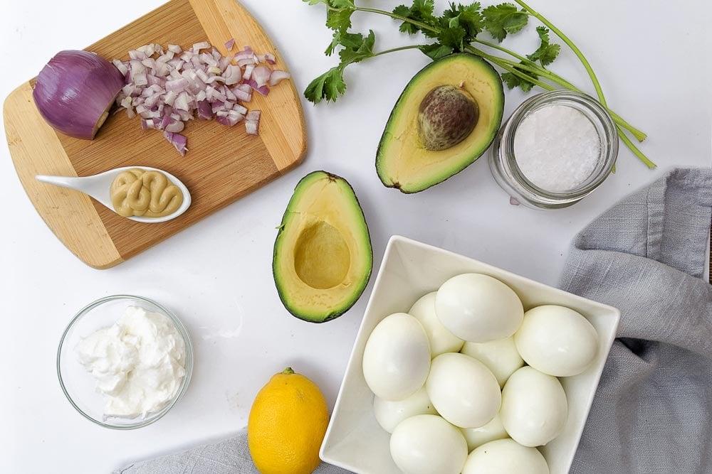 AVOCADO-EGG-SALAD-HEALTHY-EGG-SALAD-MEAL-PREP (3)