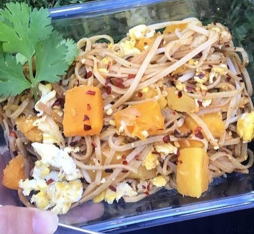 Butternut-squash-chicken-pad-Thai-1