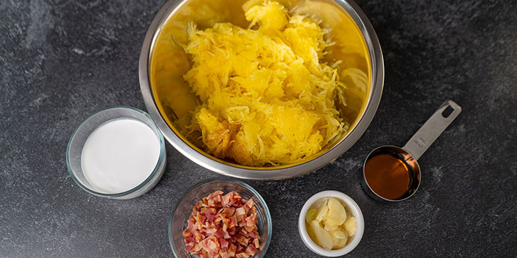 Creamy-Bacon-and-Spaghetti-Squash-Recipe-Mise