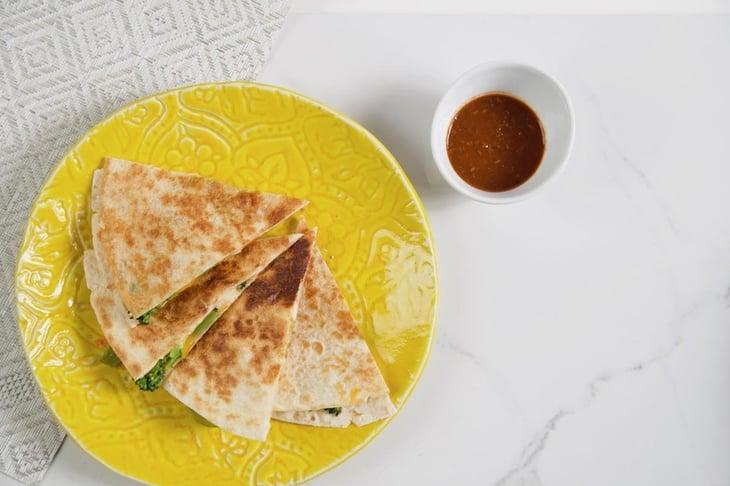 Healthy-Chicken-Quesadillas-Trifecta-1