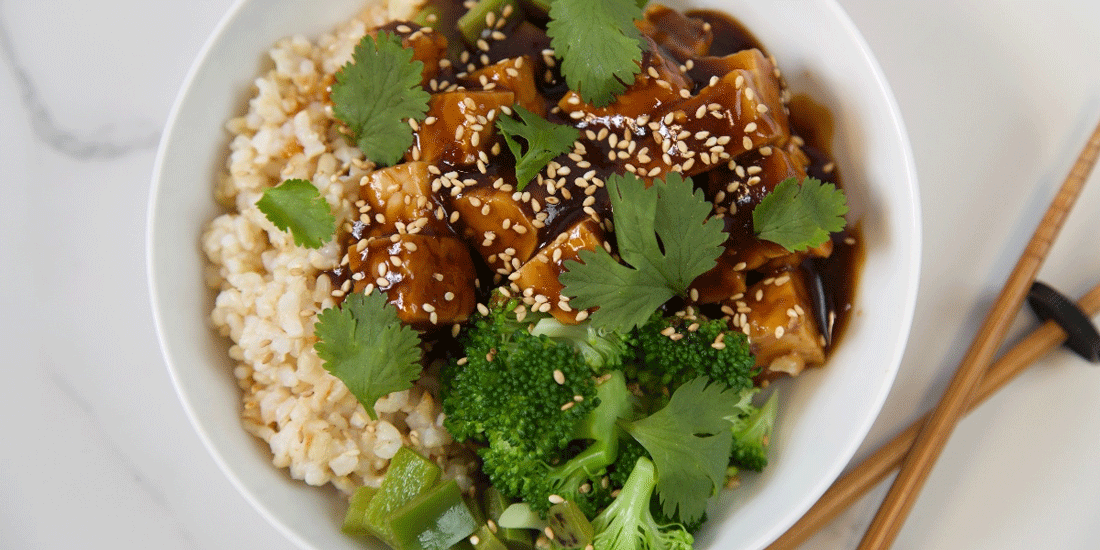 vegan garlic ginger tempeh bowl recipe