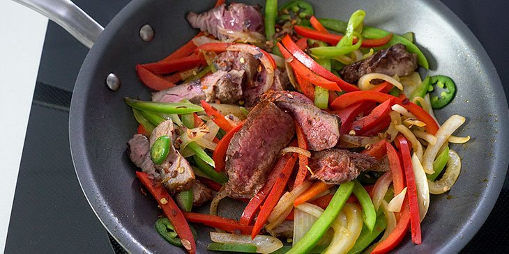 sauting steak for steak fajita bowl recipe