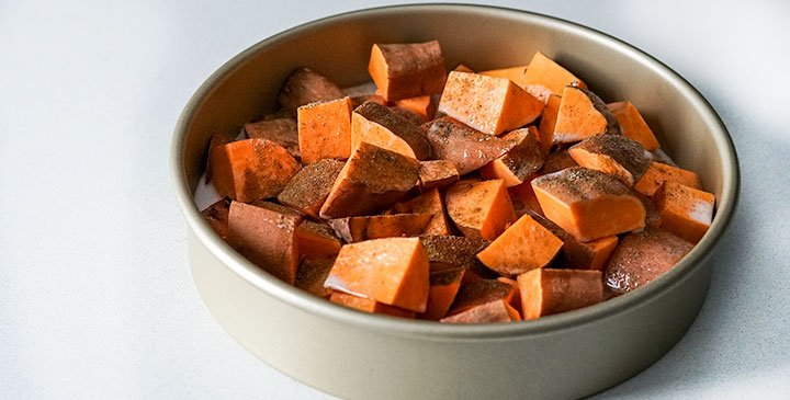 Cooking-cut-sweet-potato