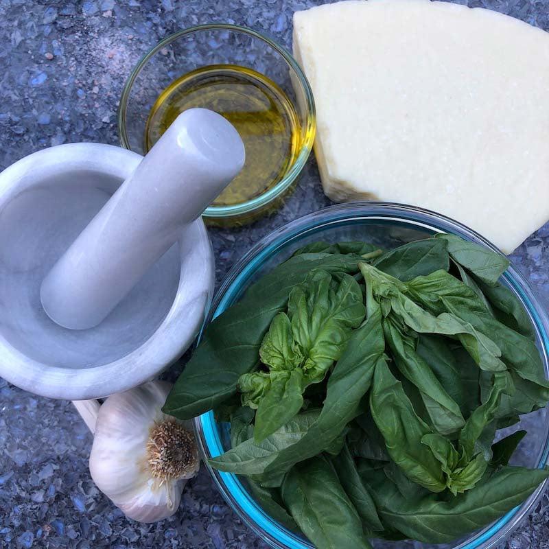 Trifecta Classic Pesto Sauce_Ingredients