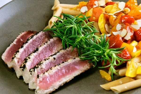 ahi tuna and almond pasta -  CLEAN EATING