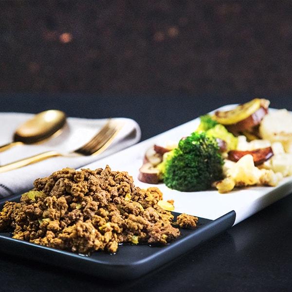 paleo-turmeric-beef-with-eggplant-and-cauliflower1-min