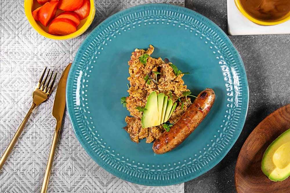 Turkey-Chorizo-scramble-with-Chicken-sausage1