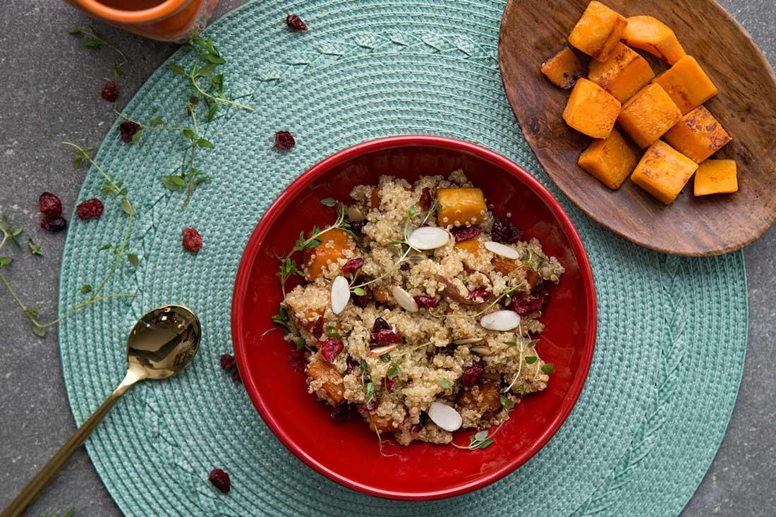 Vegan- summersquash quinoa and cranberries-min