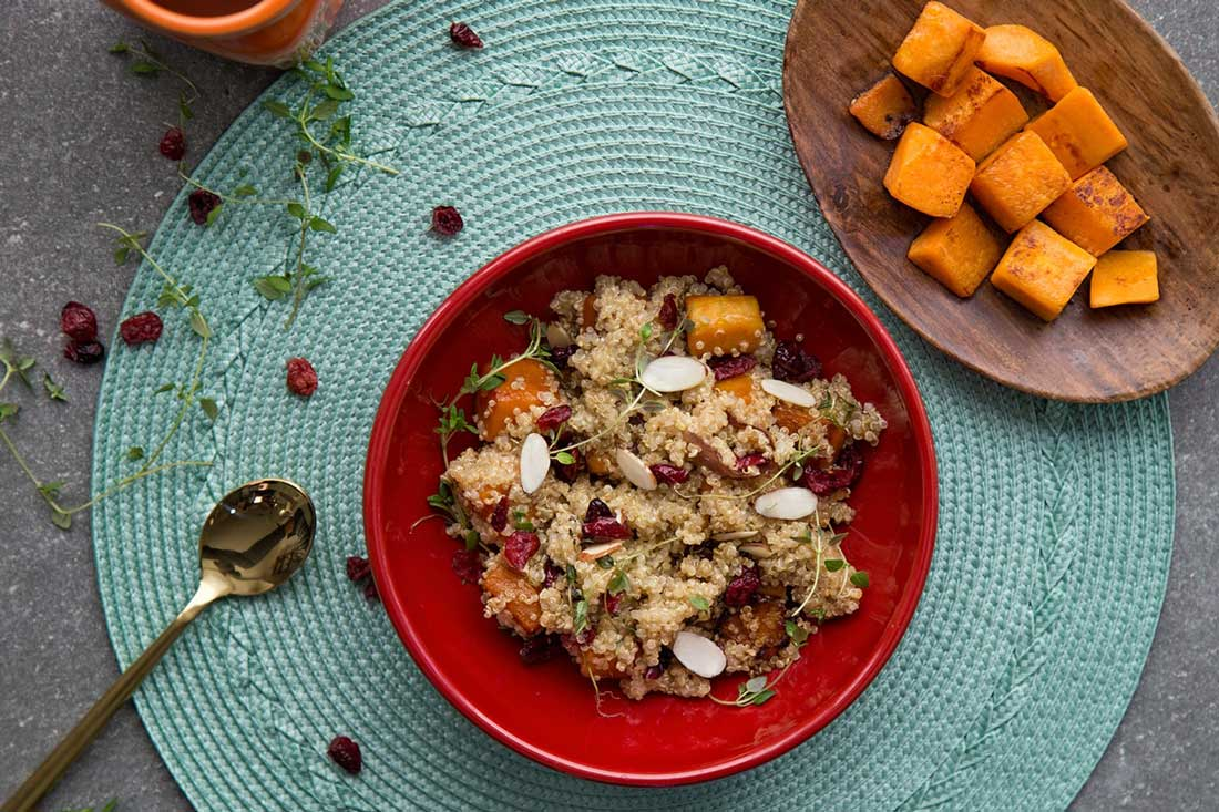 Vegan- summersquash quinoa and cranberries-min