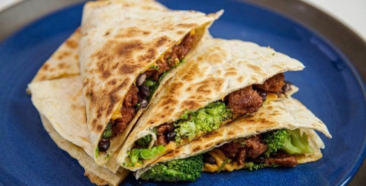 Vegan-Mexican-Protein-Quesadilla-1-(1)