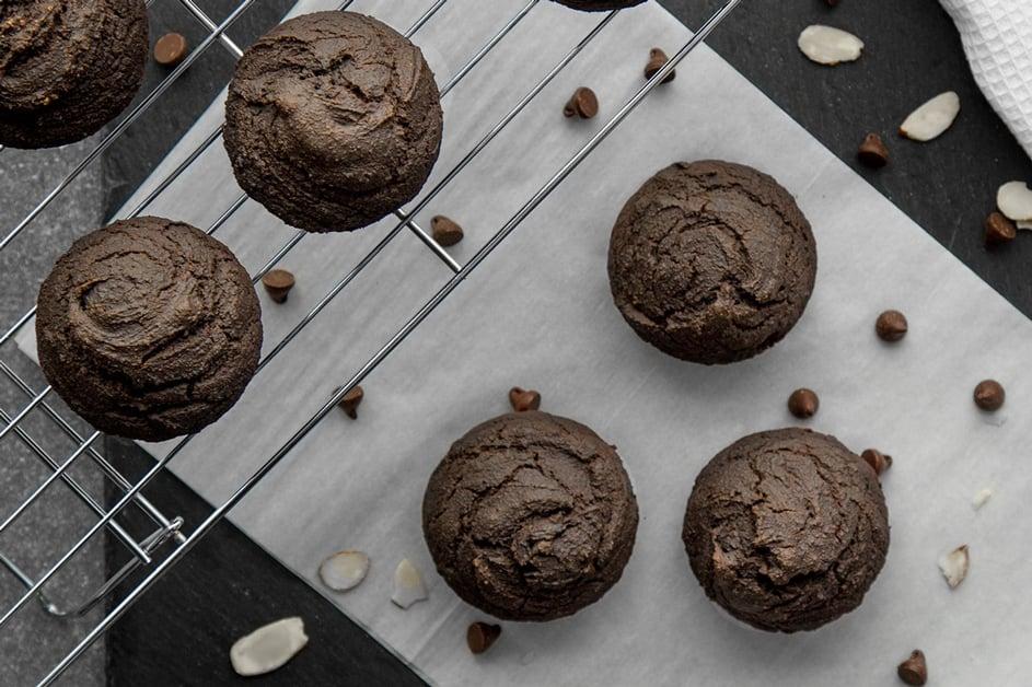 Vegan-double-chocolate-gf-muffins-min