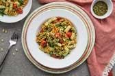 Vegan-garlic-rice-pasta-and-cherry-tomatoes-min-3