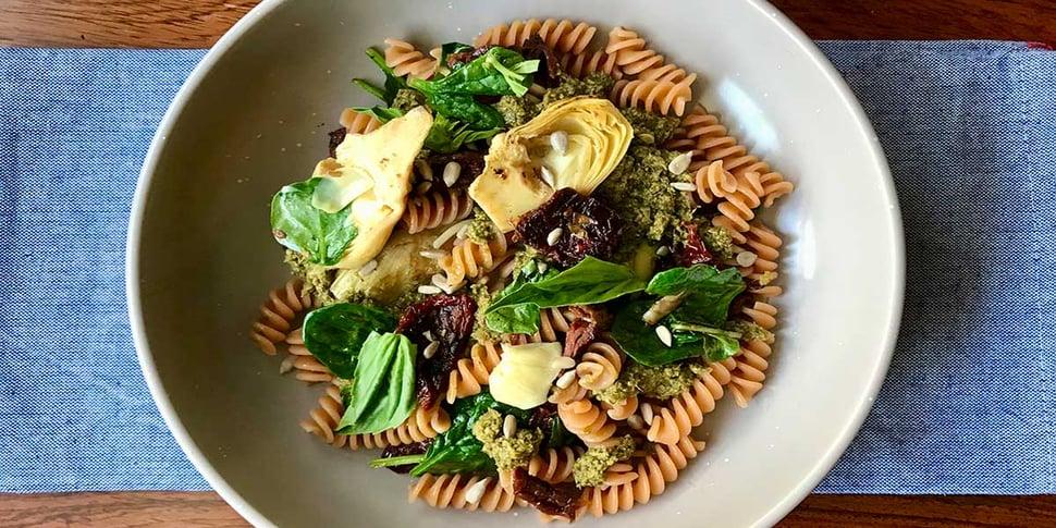 vegan pesto spinach and artichoke pasta recipe