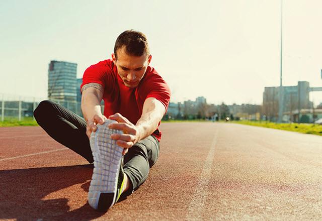 athlete-stretching-640.jpg