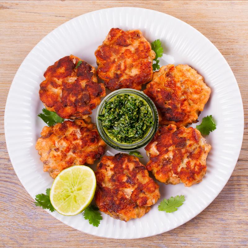 baked-salmon-cakes-recipe-chimichurri-sauce-nikki-howard-Sydney-Maler-2