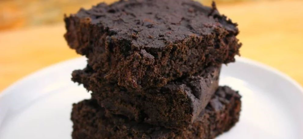 black bean avocado brownie recipe low calorie snacks weight loss sugar cravings