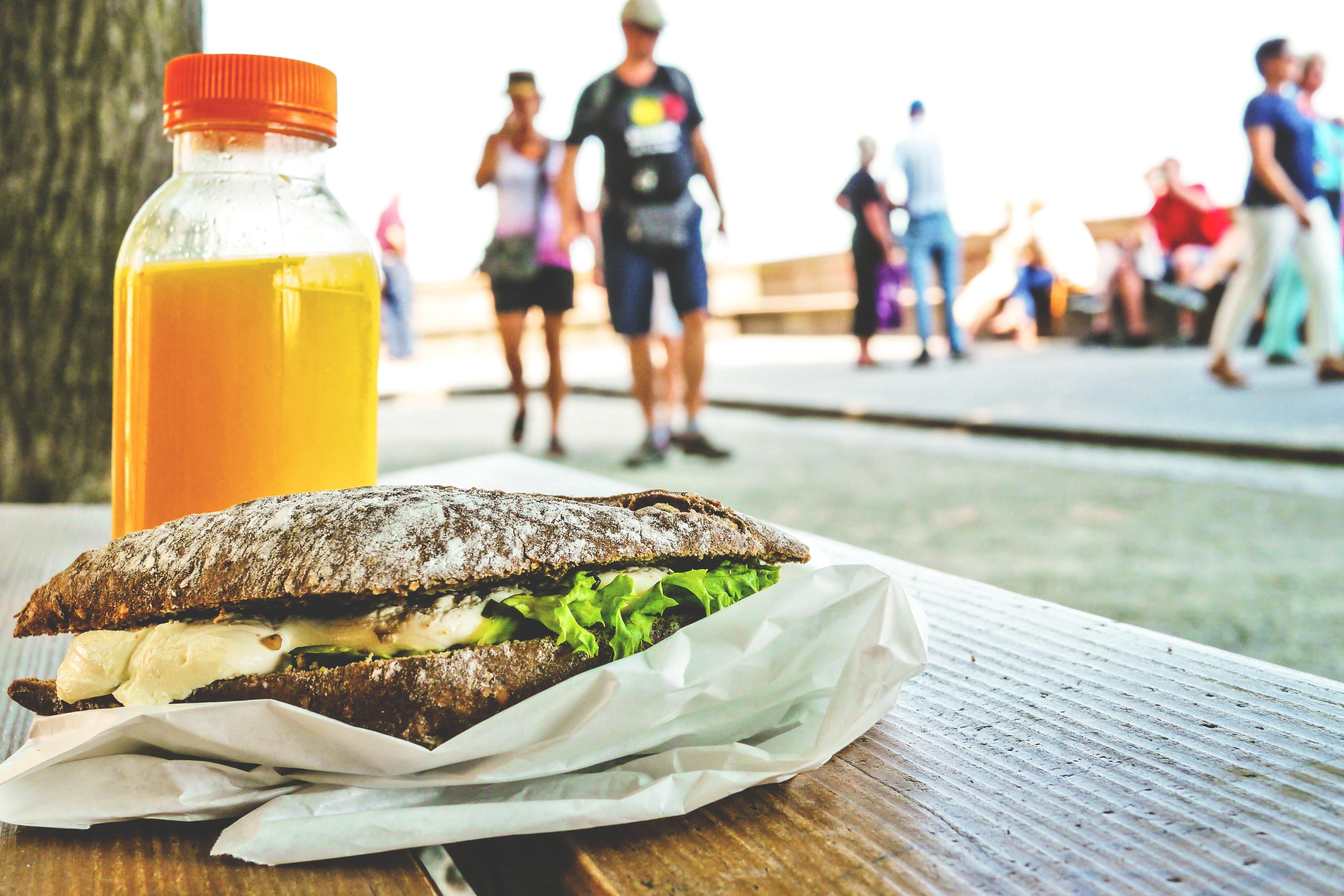 blur-bottle-bread-287354 (1)