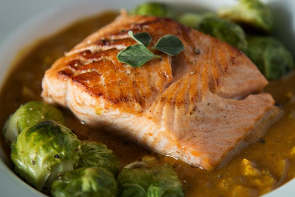 coconut-curry-salmon-PALEO
