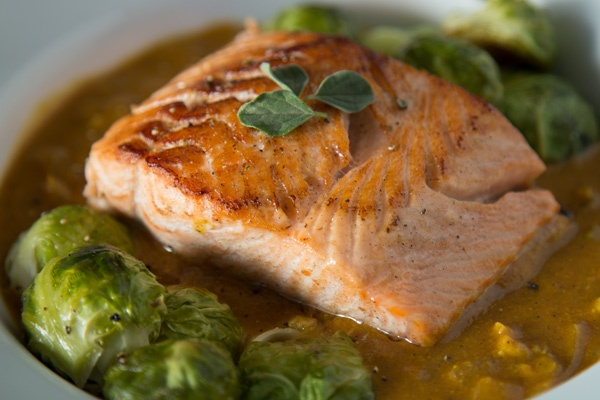 coconut-curry-salmon-trifecta-palep