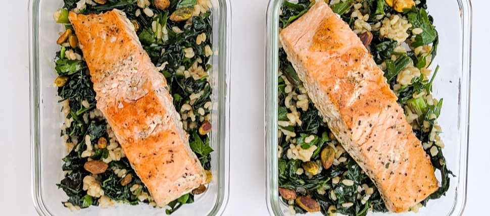 easy meal prep recipes salmon kale grain bowl (2)