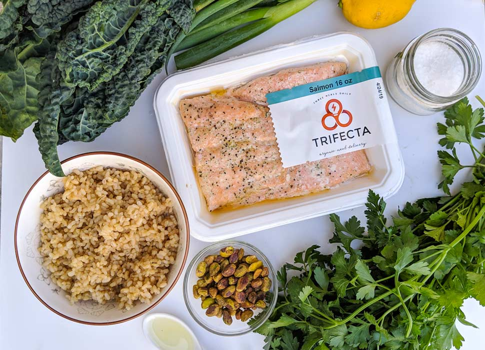 easy-meal-prep-recipes-salmon-grain-bowl (2)