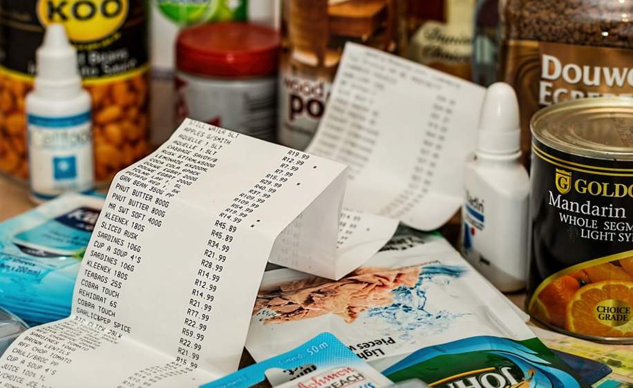 groceries-and-receipt.png