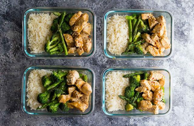 honey-sesame-chicken-lunch-bowls-2-1.jpg