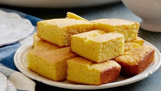 moist-and-easy-cornbread-1.jpg