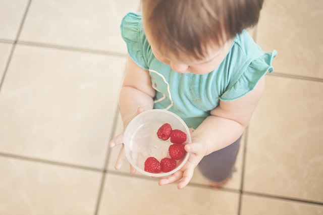 gluten free diet for autism kid eating fruit