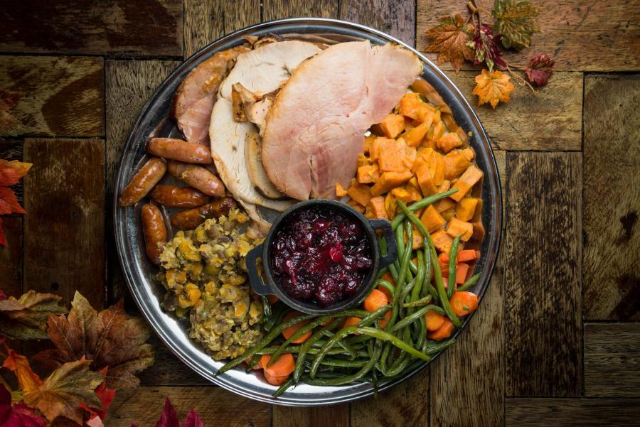 thanksgiving-blues-kitchen-paulo-ricca.jpg