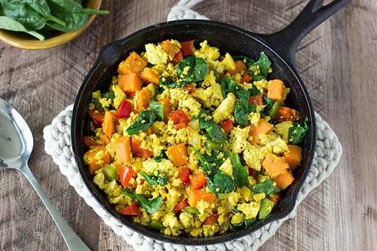 high-protein-breakfast-tofu-vegan-scramble