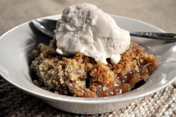 vegan-apple-crisp.jpg