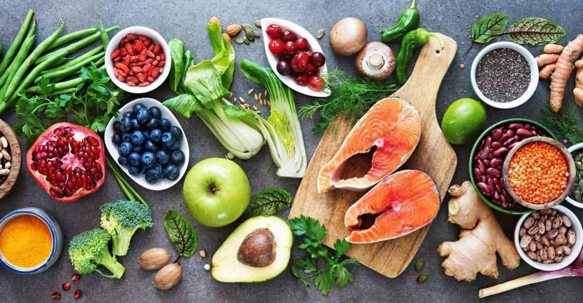 70 Antioxidant Foods: Nutritious and Healthy Picks for Your Shopping List
