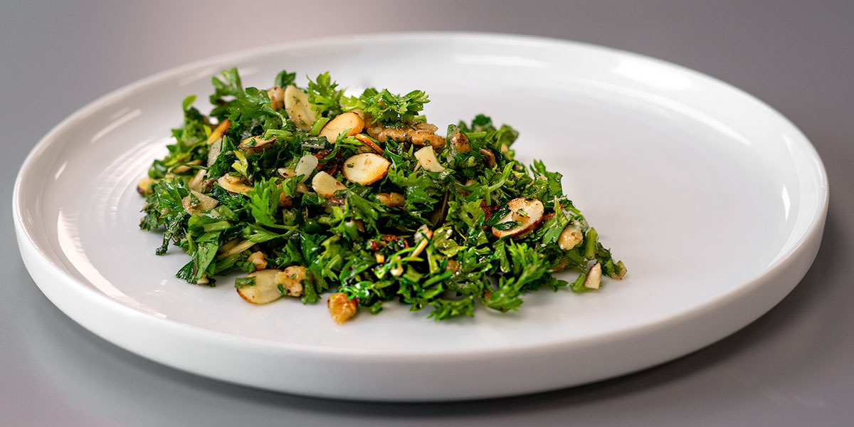 almond and walnut tabbouleh recipe