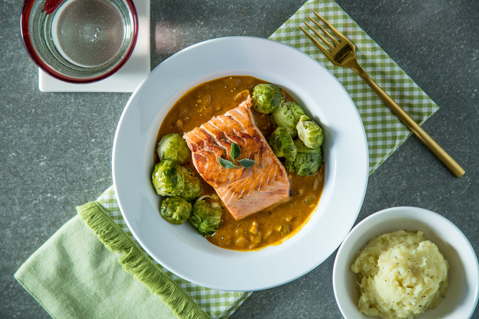 paleo_curry_salmon_trifecta