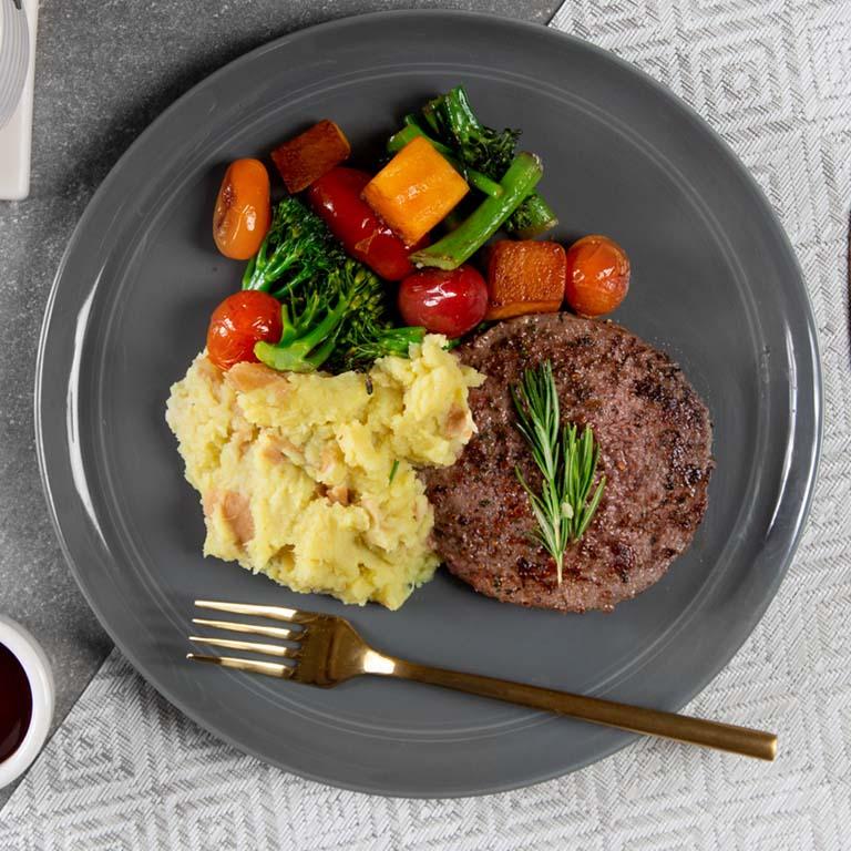 burger-sweet-potato-mixed-veggies-classic-meal-trifecta