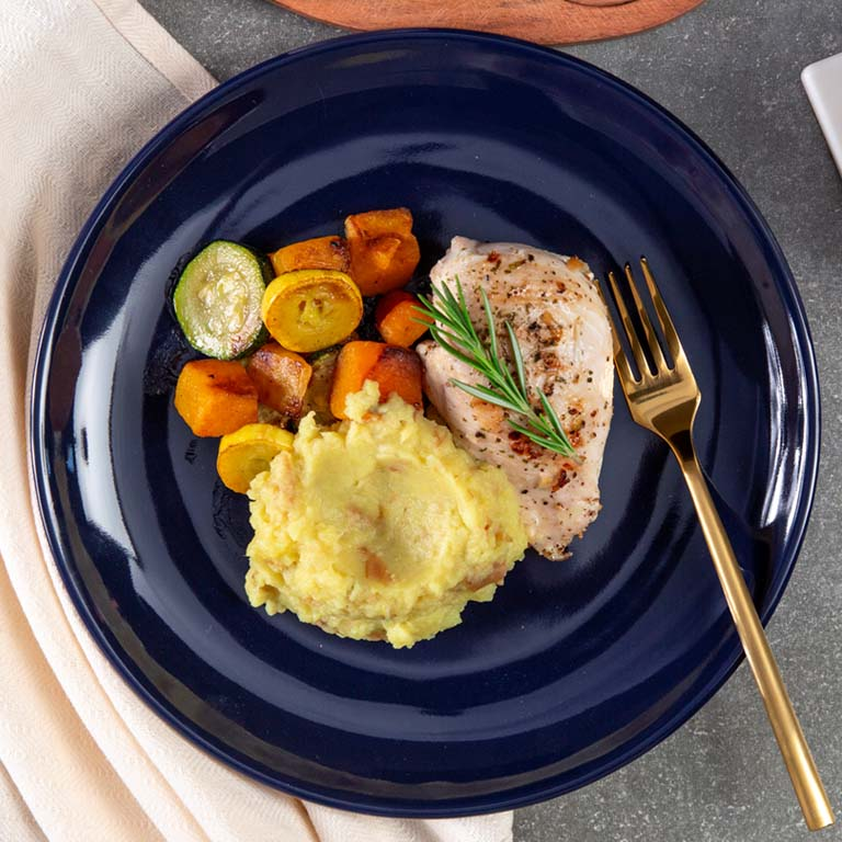 chicken-sweet-potato-mixed-veggies-classic-meal-trifecta