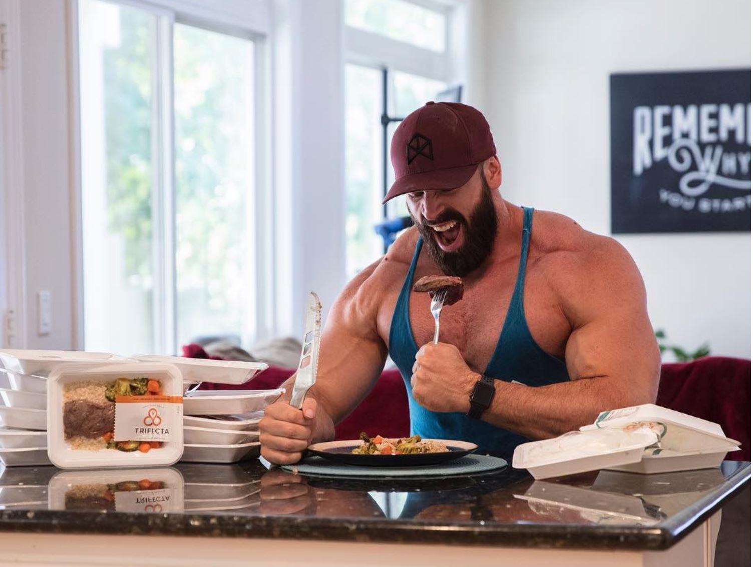 how to gain muscle bradley martyn lean bulk